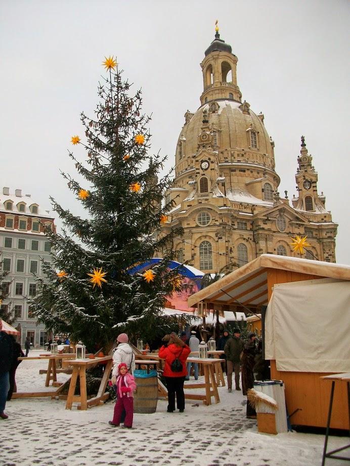 weihnachten in dresden striezelmarkt und semperoper
